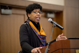 Image of Glenda Scales, Black Caucus Lightning Talk at the 2015 Advancing Diversity Workshop
